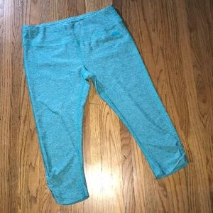 The North Face Green Capri Size Large